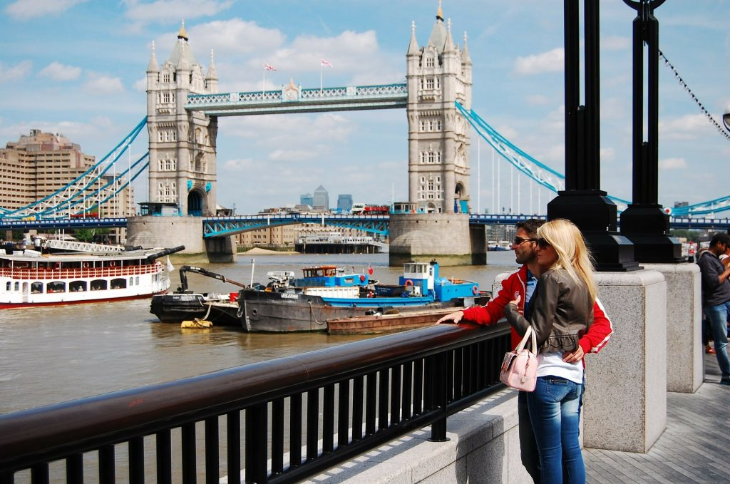 London: Couples